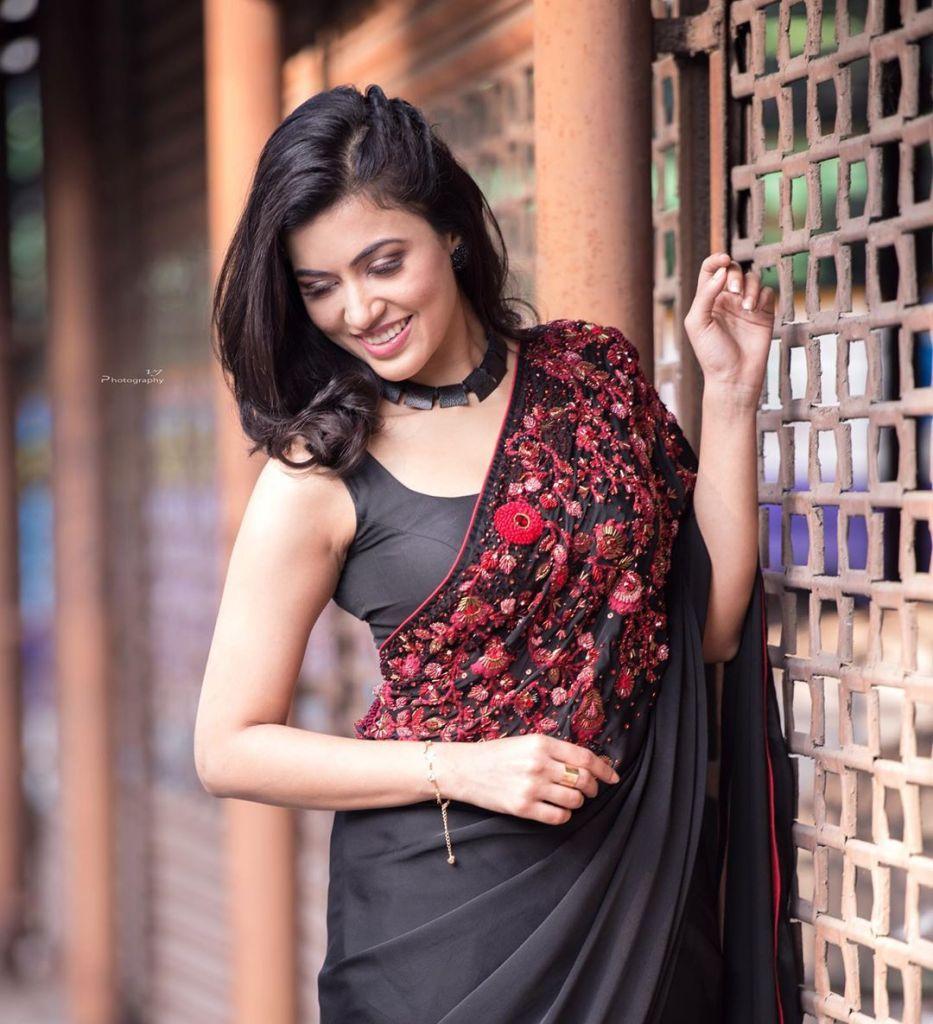 42+ Lovely Photos of Anju Kurian 11