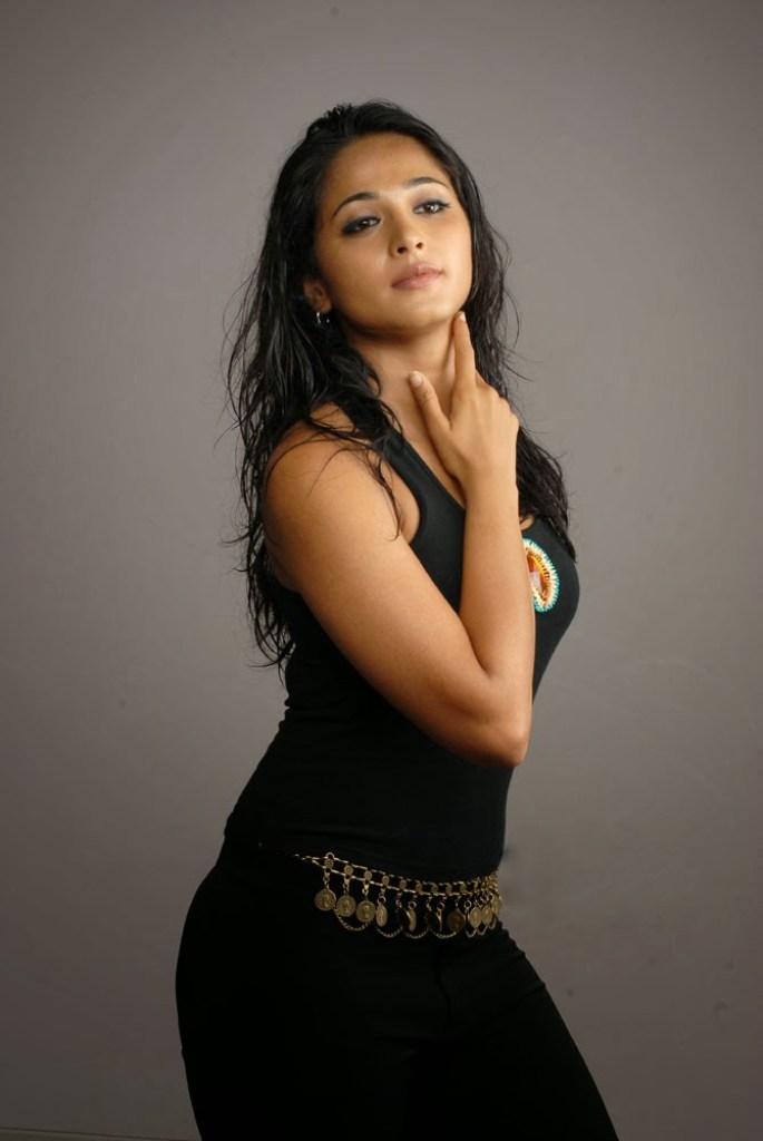 126+ Stunning HD Photos of Anushka Shetty 41