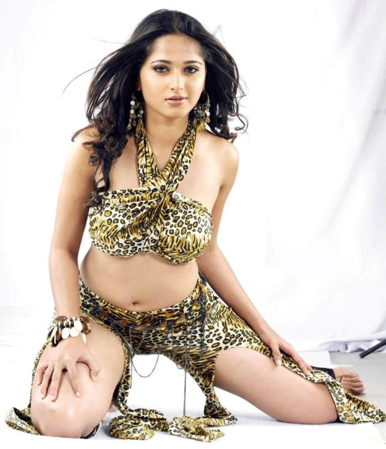 Anushka Shetty Wiki, Biography, Movies, and 126+ Stunning Photos 124