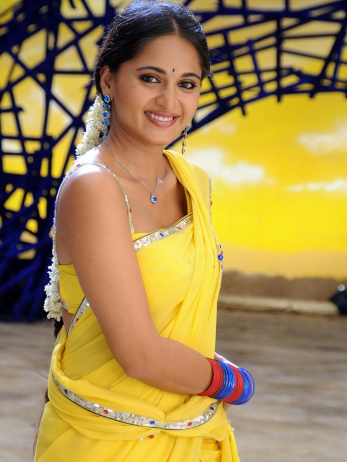 Anushka Shetty Wiki, Biography, Movies, and 126+ Stunning Photos 66