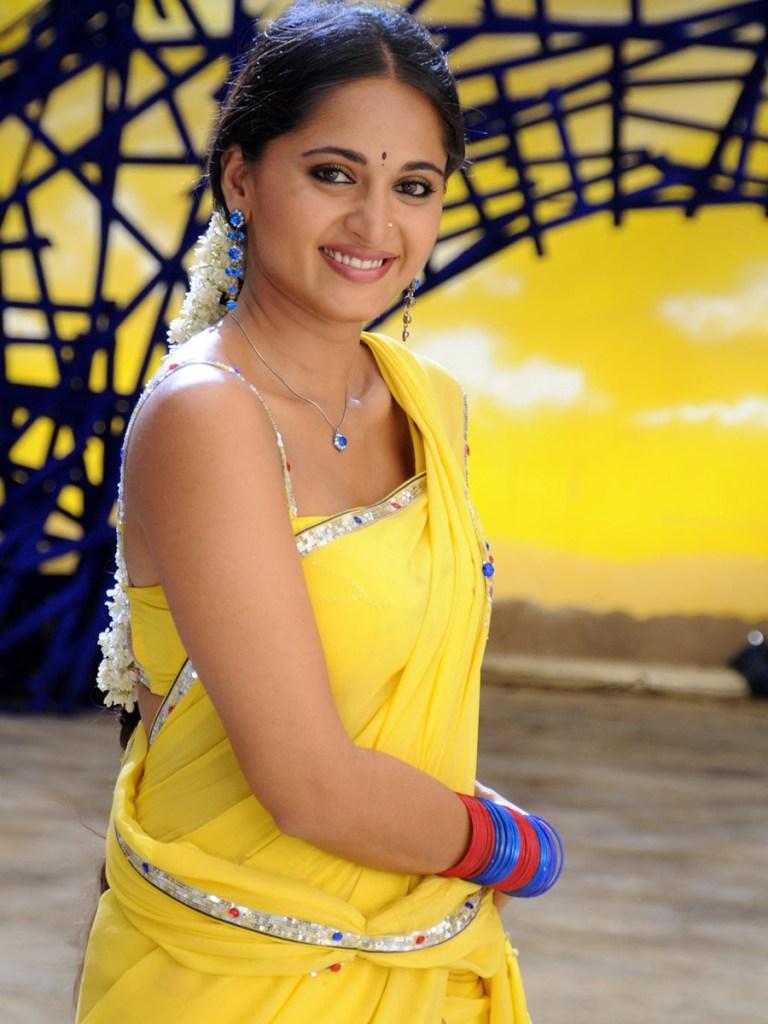 Anushka Shetty Wiki, Biography, Movies, and 126+ Stunning Photos 150
