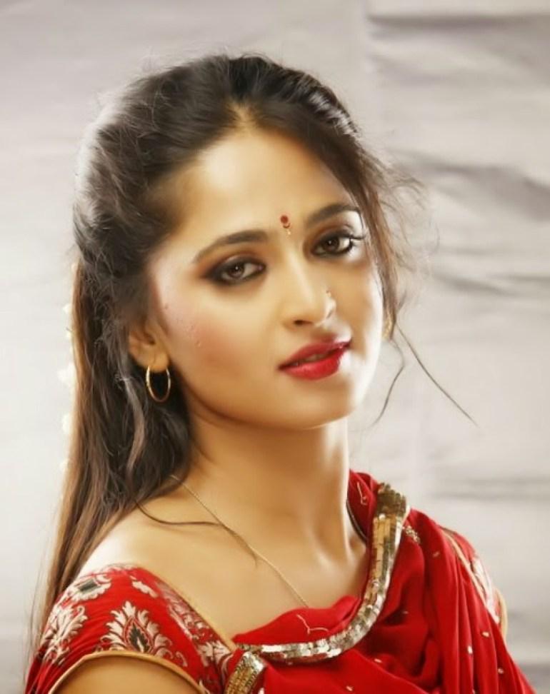 Anushka Shetty Wiki, Biography, Movies, and 126+ Stunning Photos 152