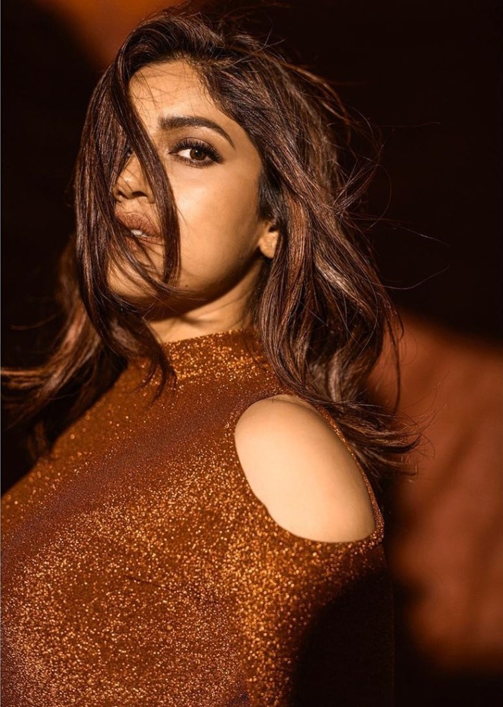 36+ Gorgeous Photos of Bhumi Pednekar 25
