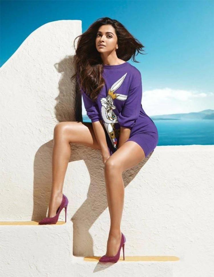 65+ Glamorous Photos of Deepika Padukone 3