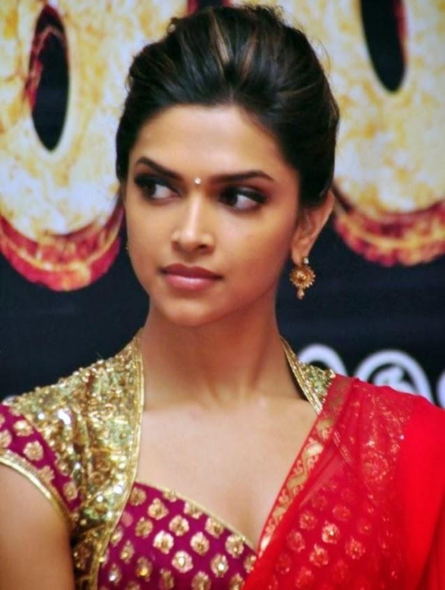 65+ Glamorous Photos of Deepika Padukone 48