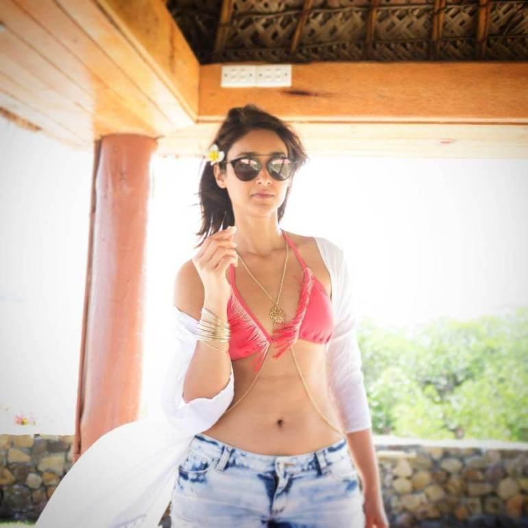 41+ Glamorous Photos of Ileana D' Cruz 125