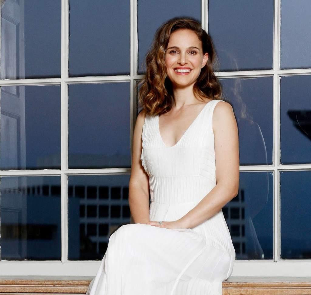 51+ Glamorous Photos of Natalie Portman 7