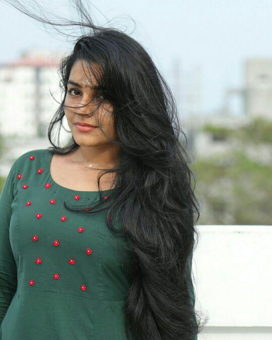 71+ Beautiful Photos of Rajisha Vijayan 72