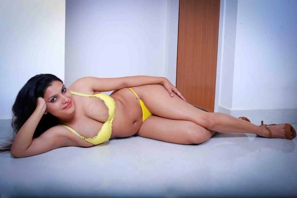 45+ Glamorous Photos of Resmi R Nair 44