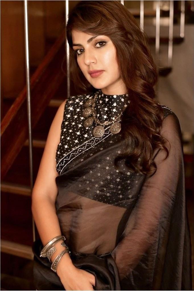 45+ Glamorous Photos of Rhea Chakraborty 19