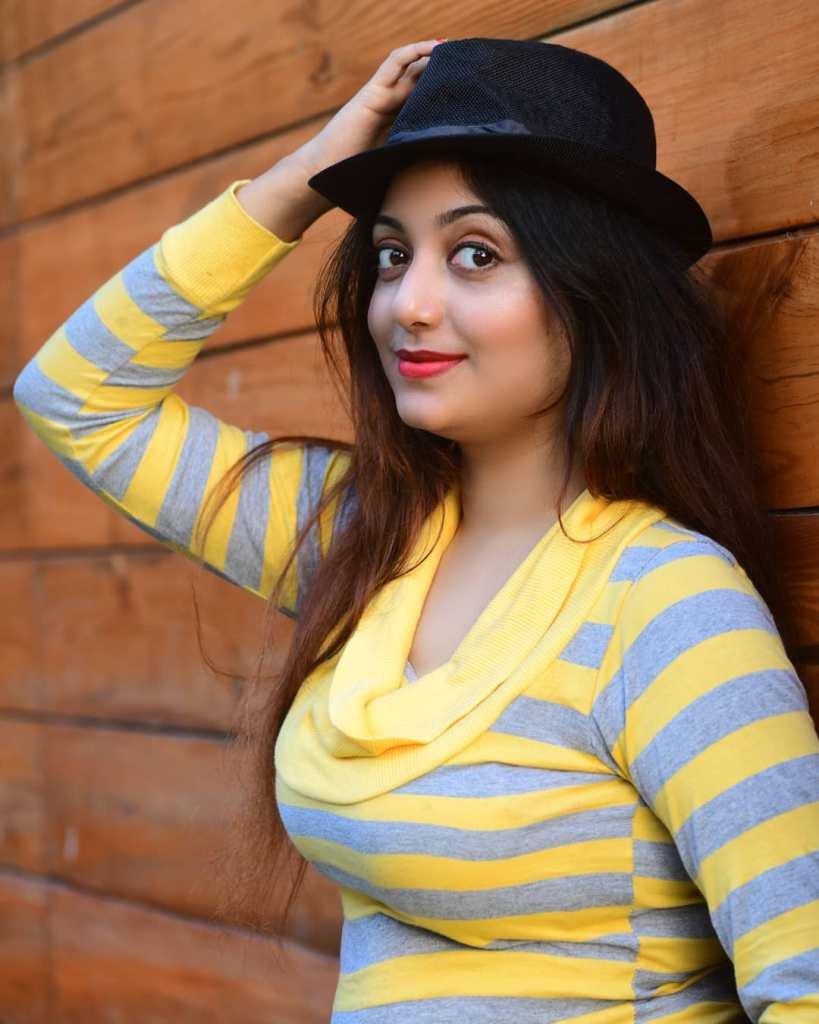 Rupsa Saha Chowdhury 42+ Glamorous Photos, Wiki, Age, Biography, Movies and, web series 63