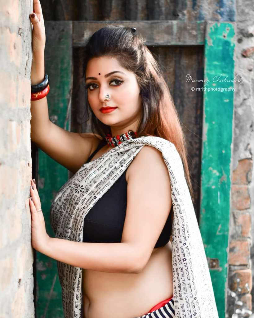 Rupsa Saha Chowdhury 42+ Glamorous Photos, Wiki, Age, Biography, Movies and, web series 108