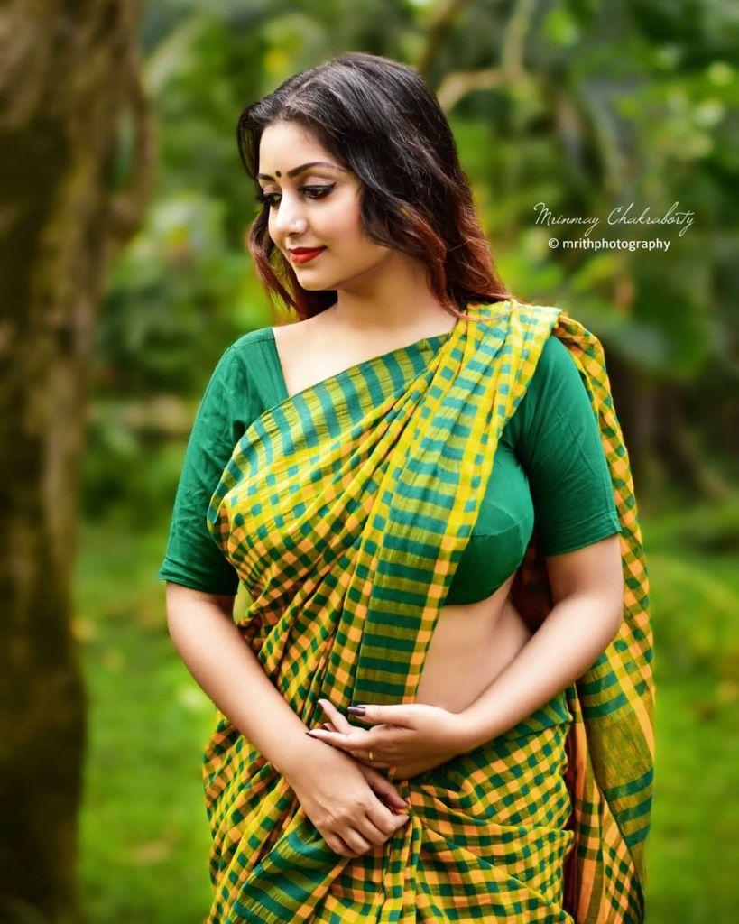 Rupsa Saha Chowdhury 42+ Glamorous Photos, Wiki, Age, Biography, Movies and, web series 116