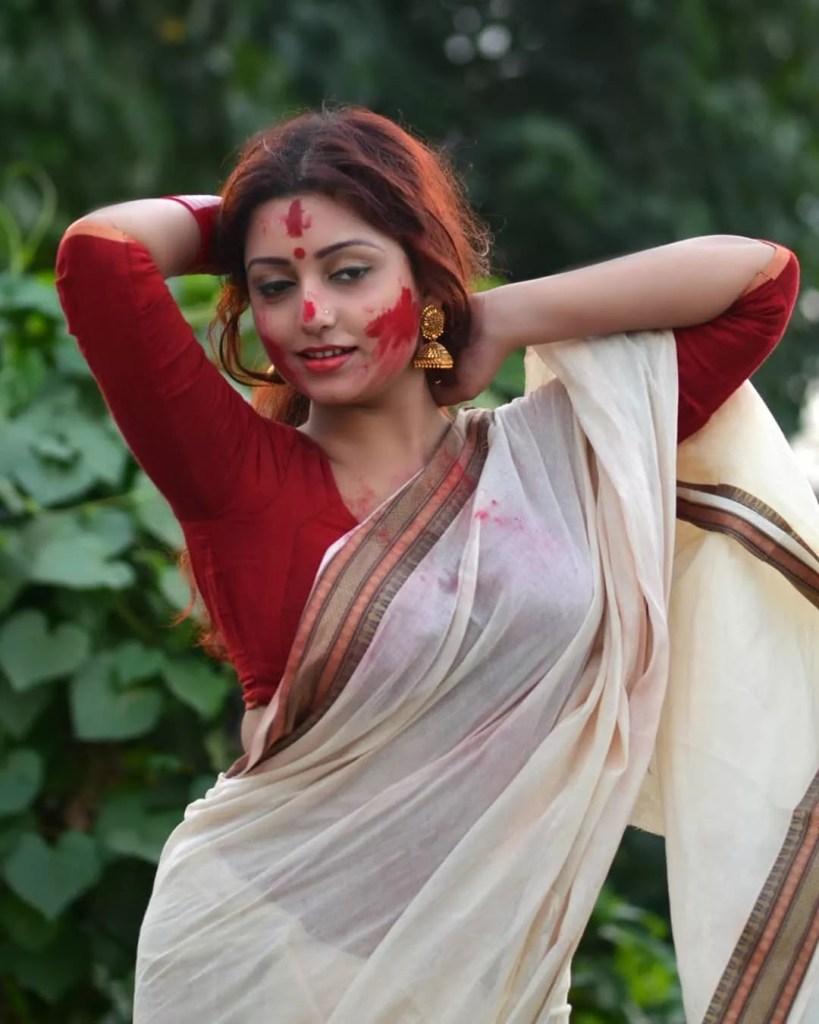 Rupsa Saha Chowdhury 42+ Glamorous Photos, Wiki, Age, Biography, Movies and, web series 87