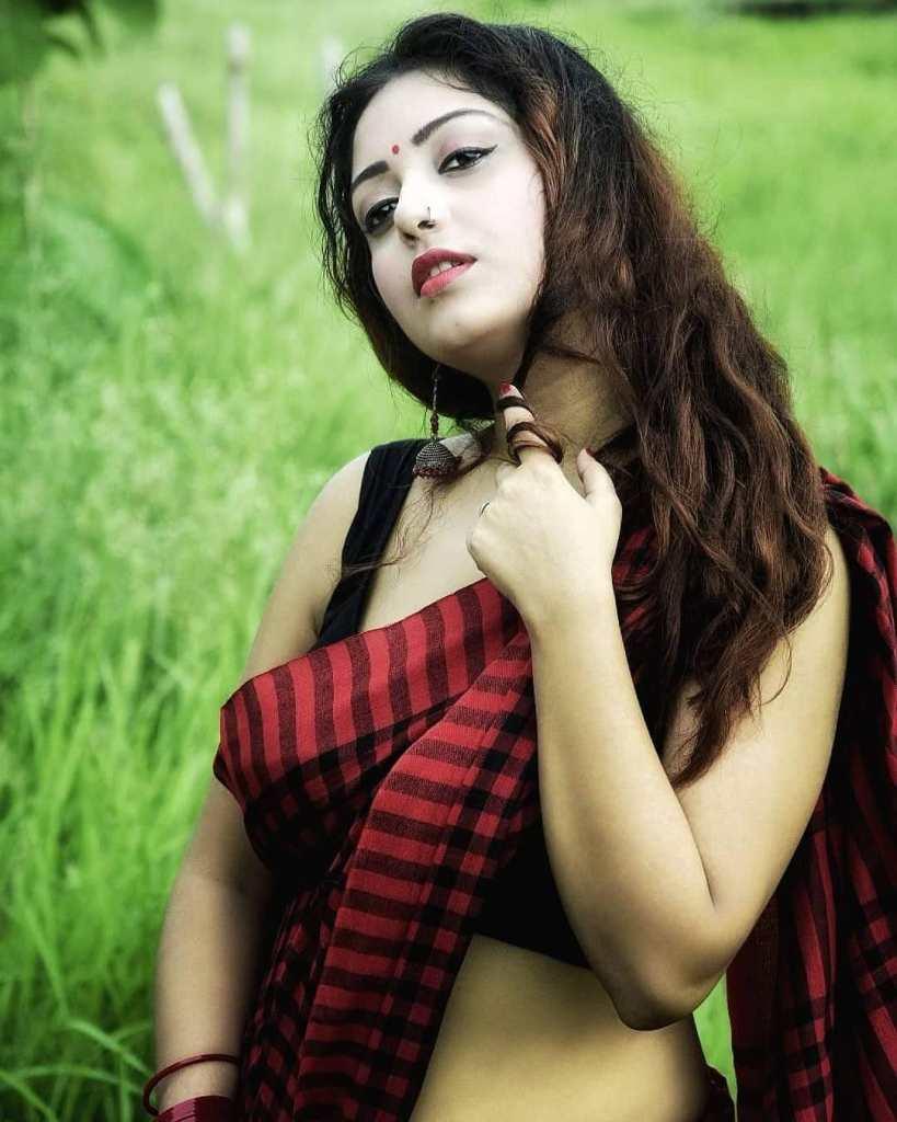 Rupsa Saha Chowdhury 42+ Glamorous Photos, Wiki, Age, Biography, Movies and, web series 94