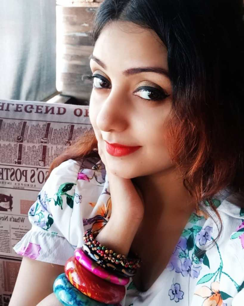 Rupsa Saha Chowdhury 42+ Glamorous Photos, Wiki, Age, Biography, Movies and, web series 56