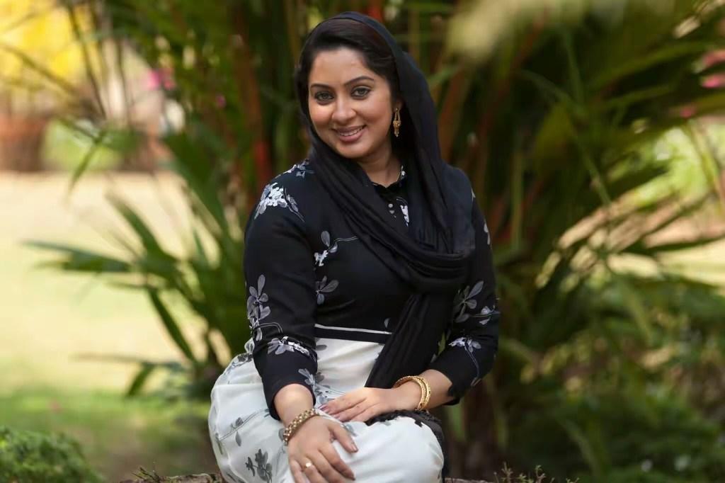 23+ Lovely Photos of Sreeya Remesh 19