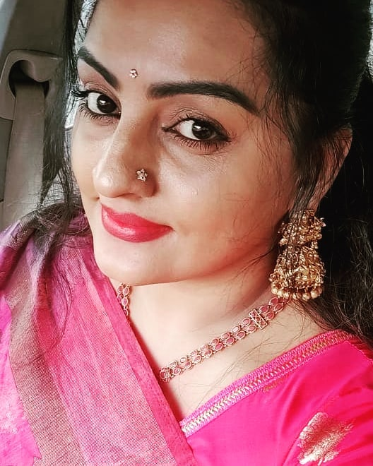 Suchitra Nair Wiki, Biography, Age, Family and 26+ Beautiful Photos 15