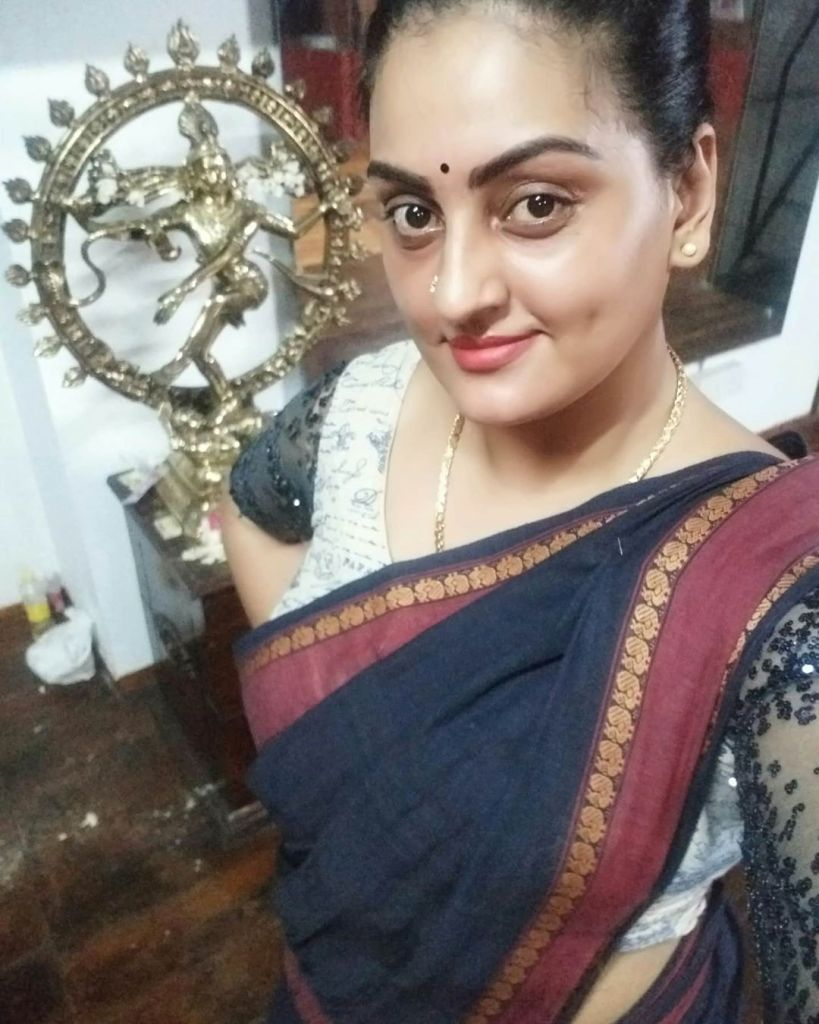 Suchitra Nair Wiki, Biography, Age, Family and 26+ Beautiful Photos 16