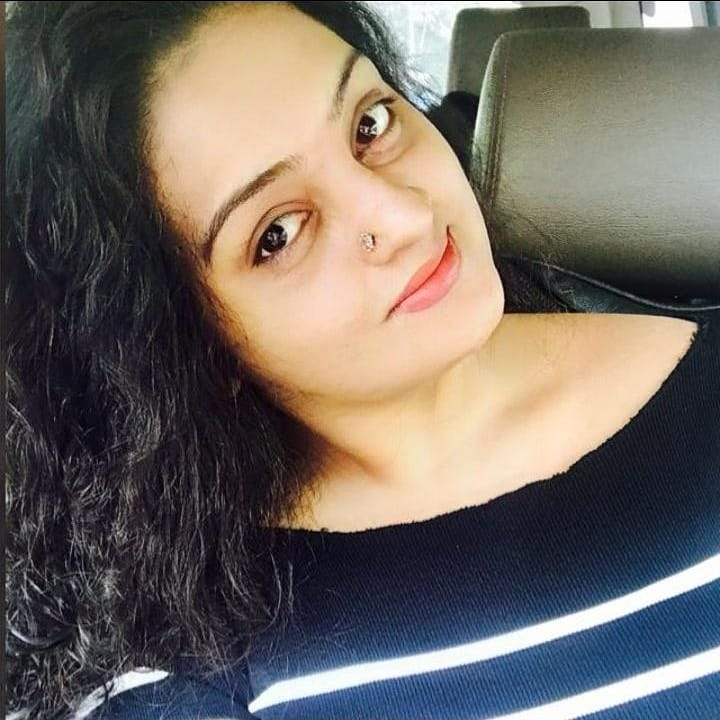 Suchitra Nair Wiki, Biography, Age, Family and 26+ Beautiful Photos 9