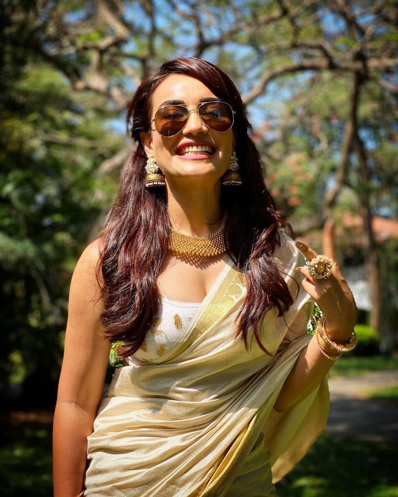 35+ Charming Photos of Surbhi Jyoti 13