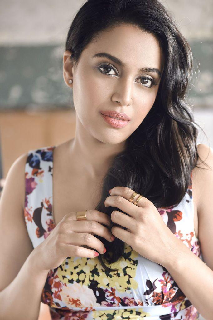 40+ Charming Photos of Swara Bhaskar 2