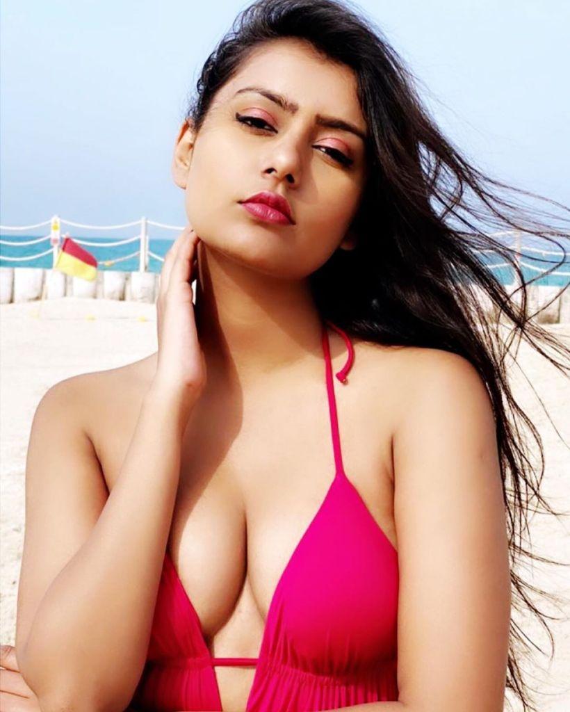 54+ Glamorous Photos of Twinkle Meena 3