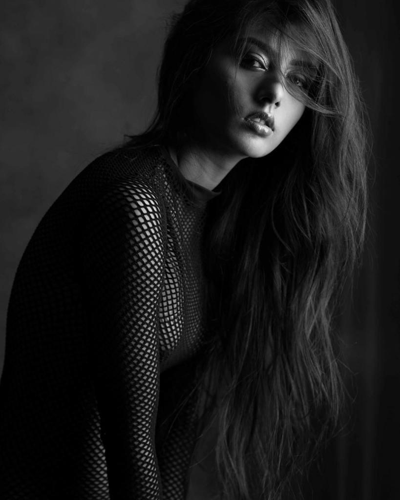 54+ Glamorous Photos of Twinkle Meena 30
