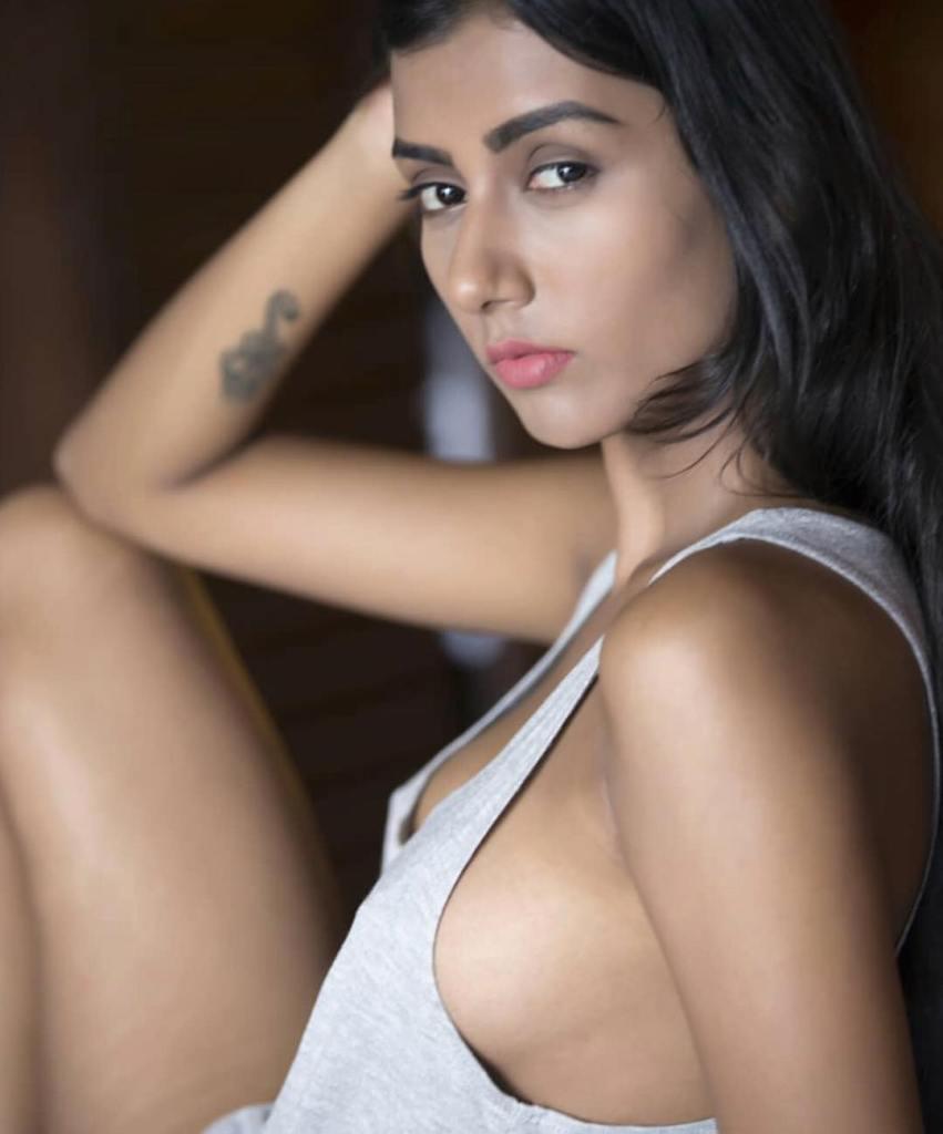 54+ Glamorous Photos of Twinkle Meena 38
