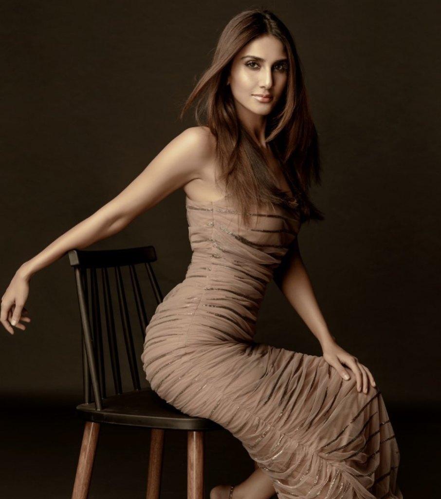 36+ Stunning Photos of Vaani Kapoor 15