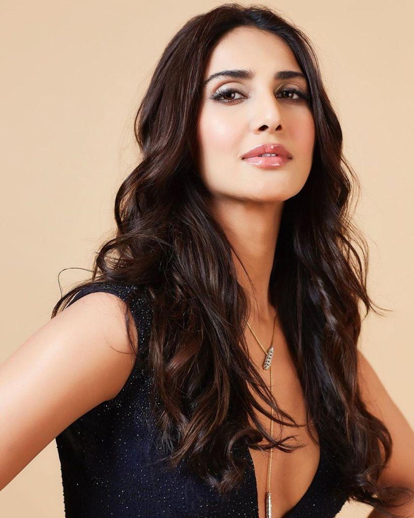 36+ Stunning Photos of Vaani Kapoor 20