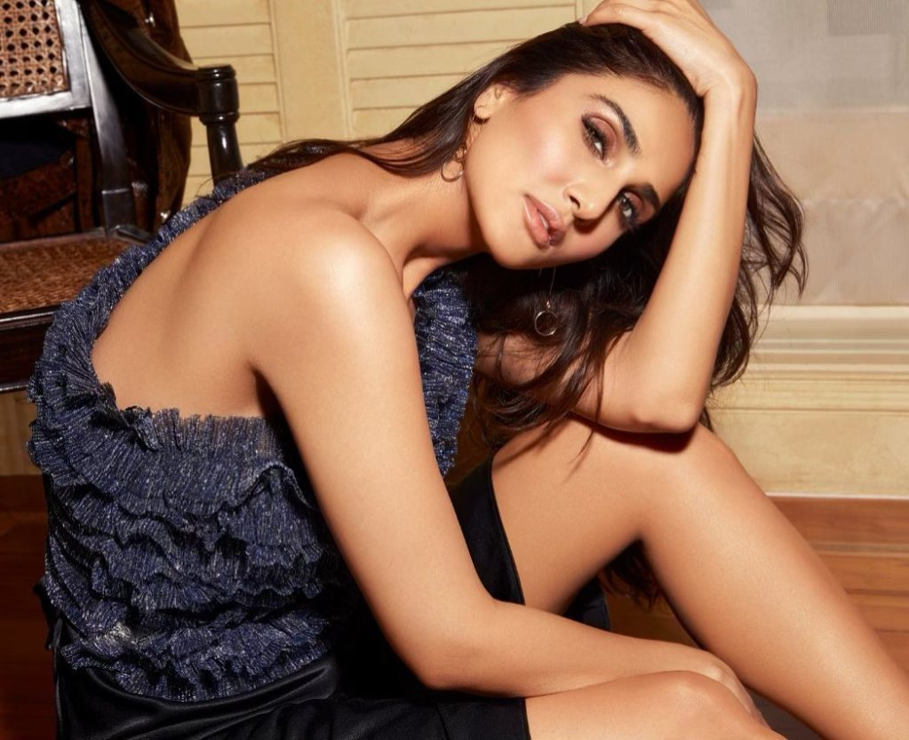 36+ Stunning Photos of Vaani Kapoor 110