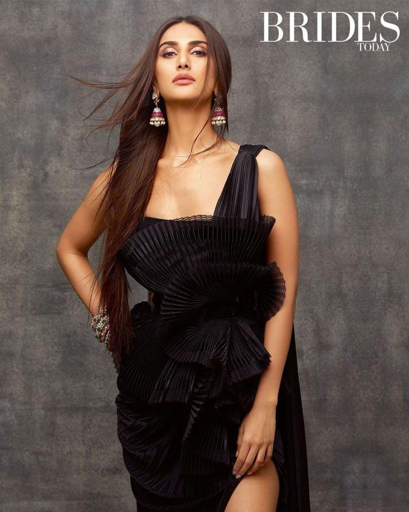 36+ Stunning Photos of Vaani Kapoor 30