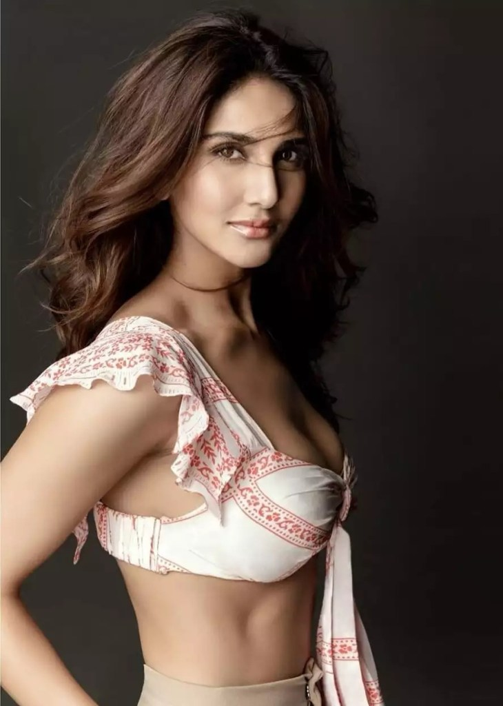 36+ Stunning Photos of Vaani Kapoor 118