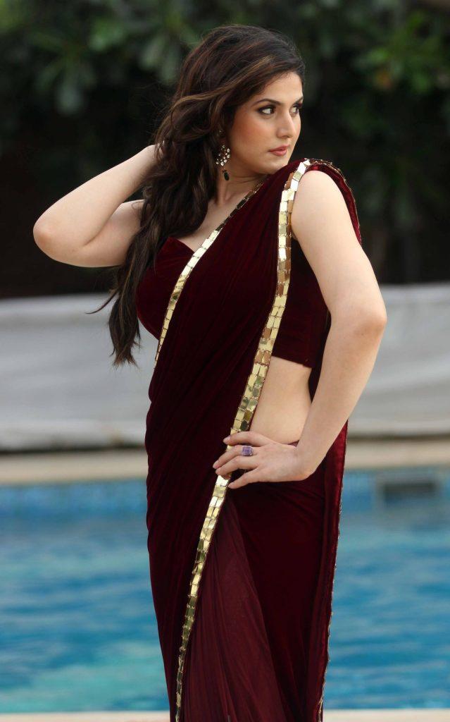 45+ Stunning Photos of Zareen Khan 26