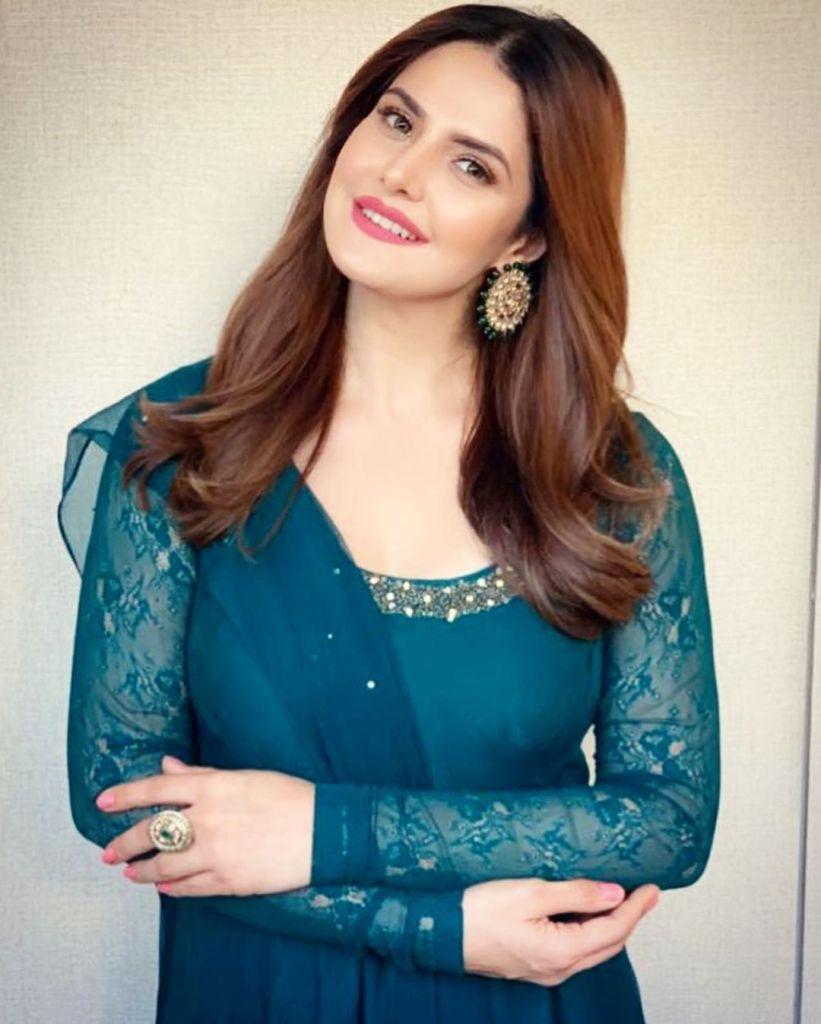 45+ Stunning Photos of Zareen Khan 8