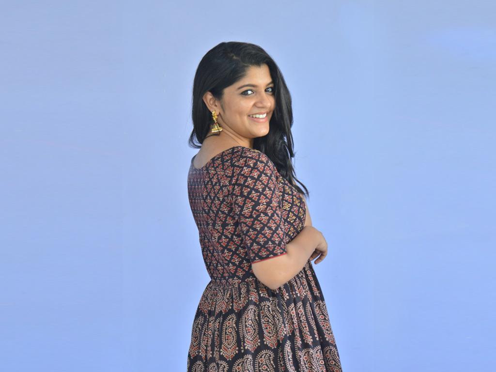 53+ Gorgeous Photos of Aparna Balamurali 33