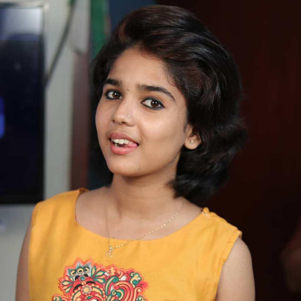 Kerala Tik Tok Star Dhanya S Rajesh (Helen of Sparta) HD Photos 7
