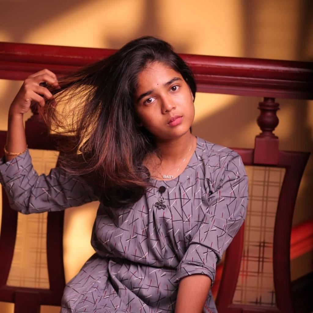 Kerala Tik Tok Star Dhanya S Rajesh (Helen of Sparta) HD Photos 30
