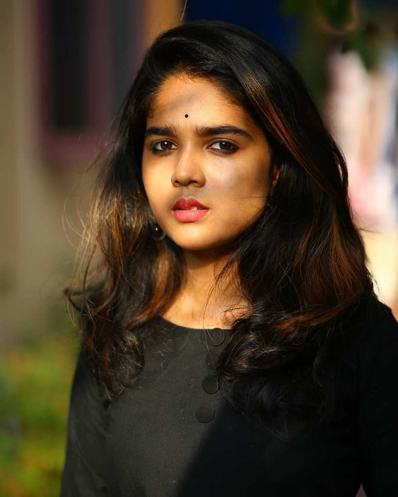 Kerala Tik Tok Star Dhanya S Rajesh (Helen of Sparta) HD Photos 3