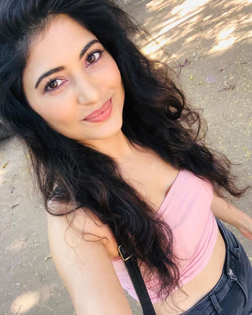 Poonam Rajput Beautiful Photos, Wiki, Age, Biography, and Movies 89