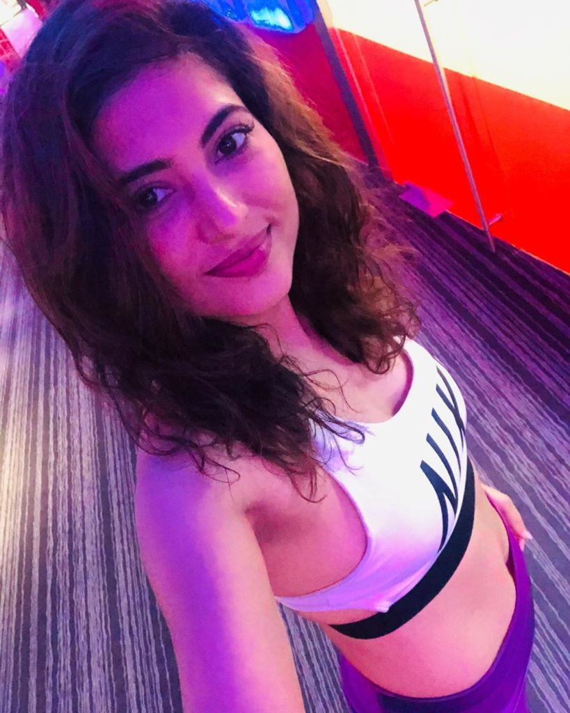 Poonam Rajput Beautiful Photos, Wiki, Age, Biography, and Movies 91