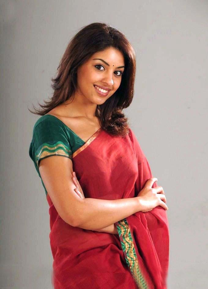 Stunning Photos of Richa Gangopadhyay 13