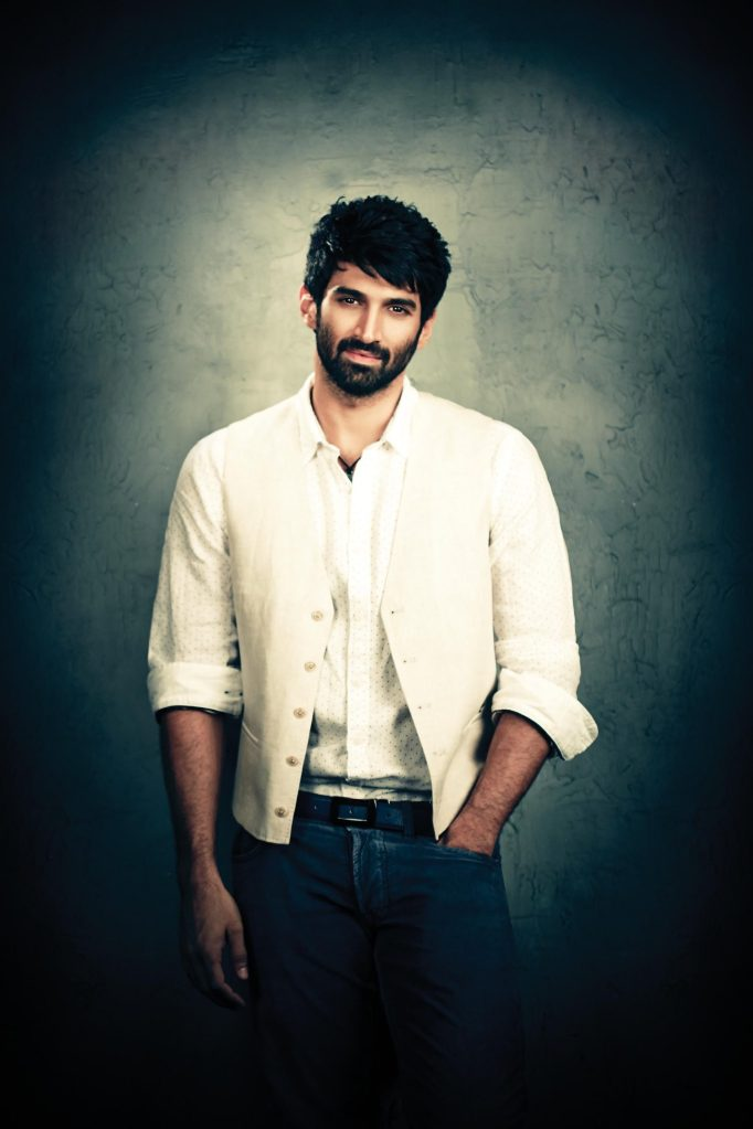 Aditya Roy Kapoor Wiki, Age, Family, Movies, HD Photos, Biography, and More 9