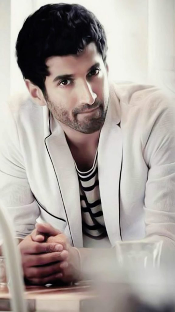 Aditya Roy Kapoor Wiki, Age, Family, Movies, HD Photos, Biography, and More 2