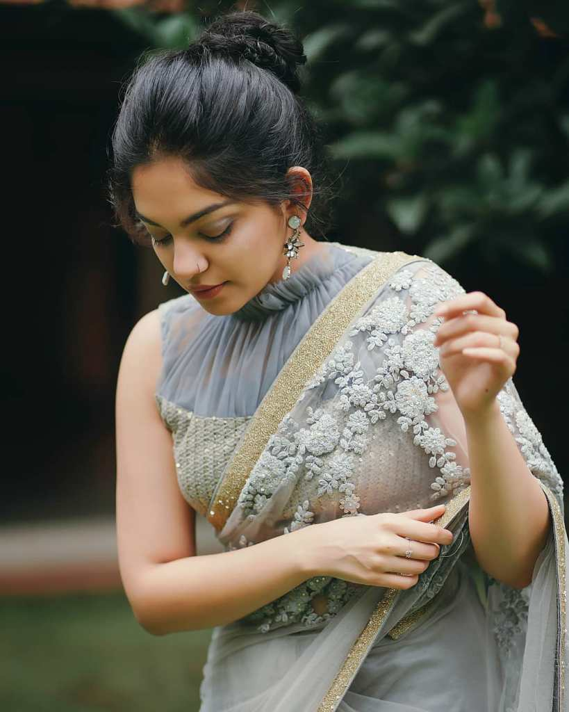 Ahaana Krishna 33+ Gorgeous Photos, Wiki, Age, Biography, and Movies 106