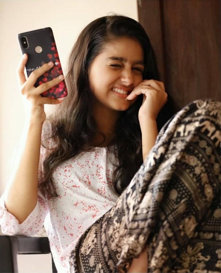 18+ Cute Photos of Anaswara Rajan 3