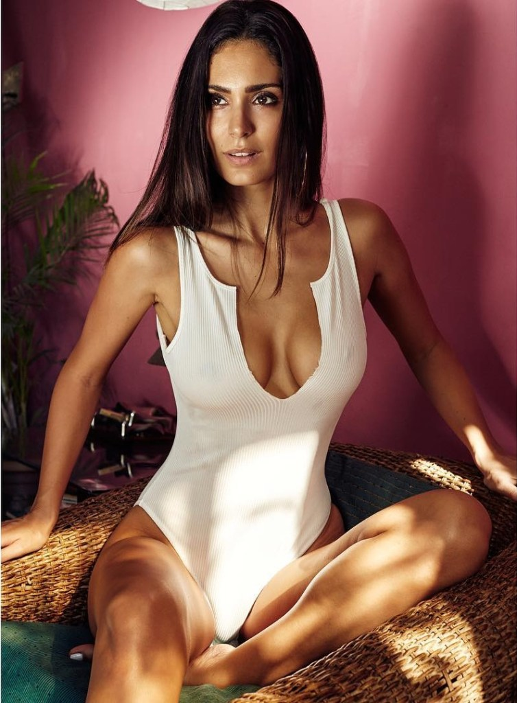 29+ Stunning Photos of Bruna Abdullah 4