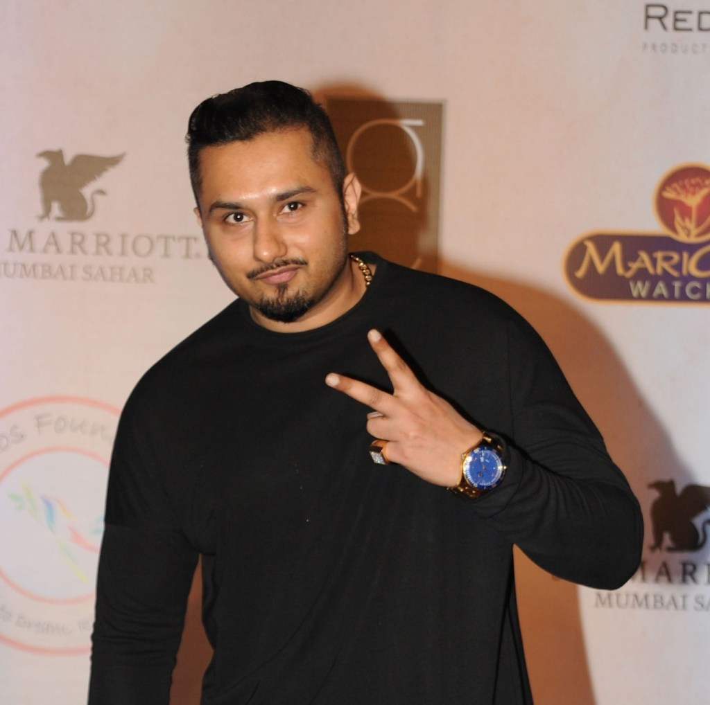 Honey Singh Wiki, Age, Family, Movies, HD Photos, Biography, and More 95
