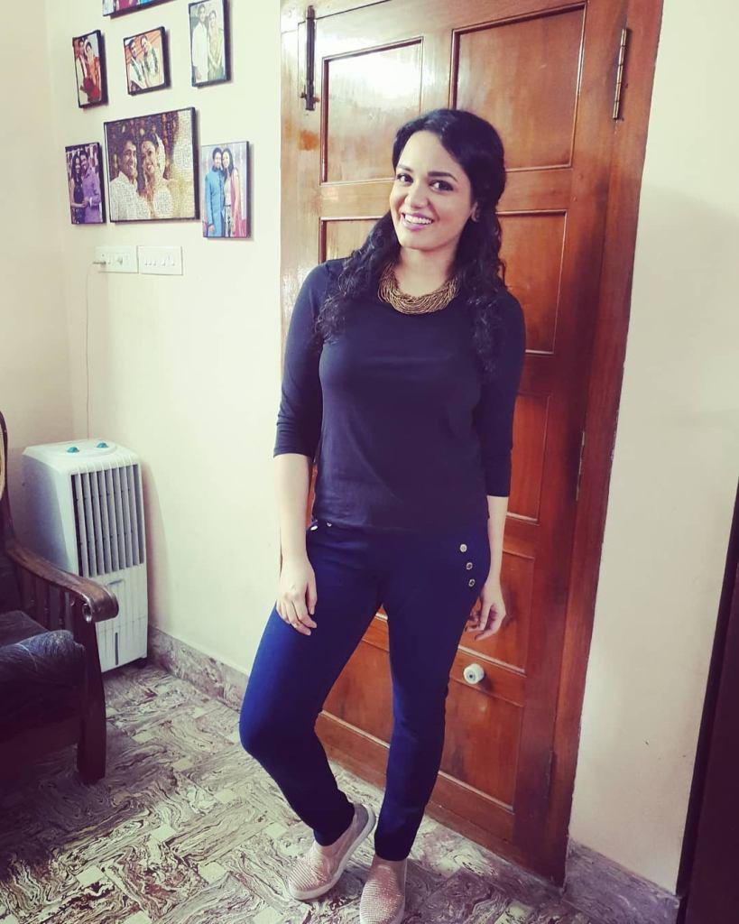 Jyotsna Radhakrishnan Wiki, Age, Family, Movies, HD Photos, Biography, and More 3